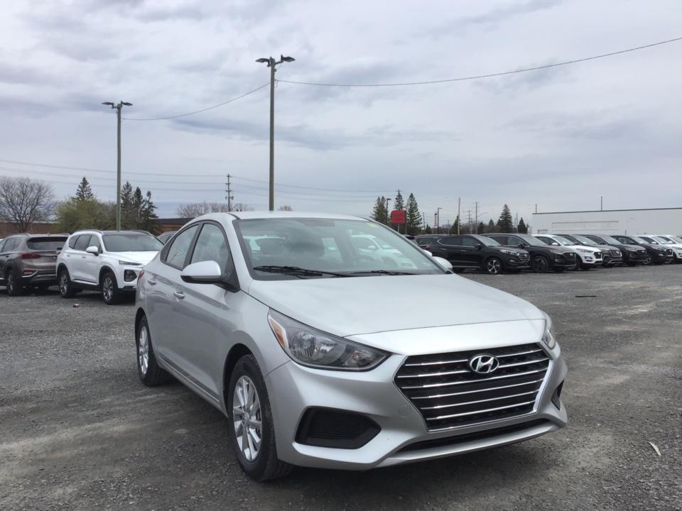 2019 Hyundai Accent Preferred Sedan FWD