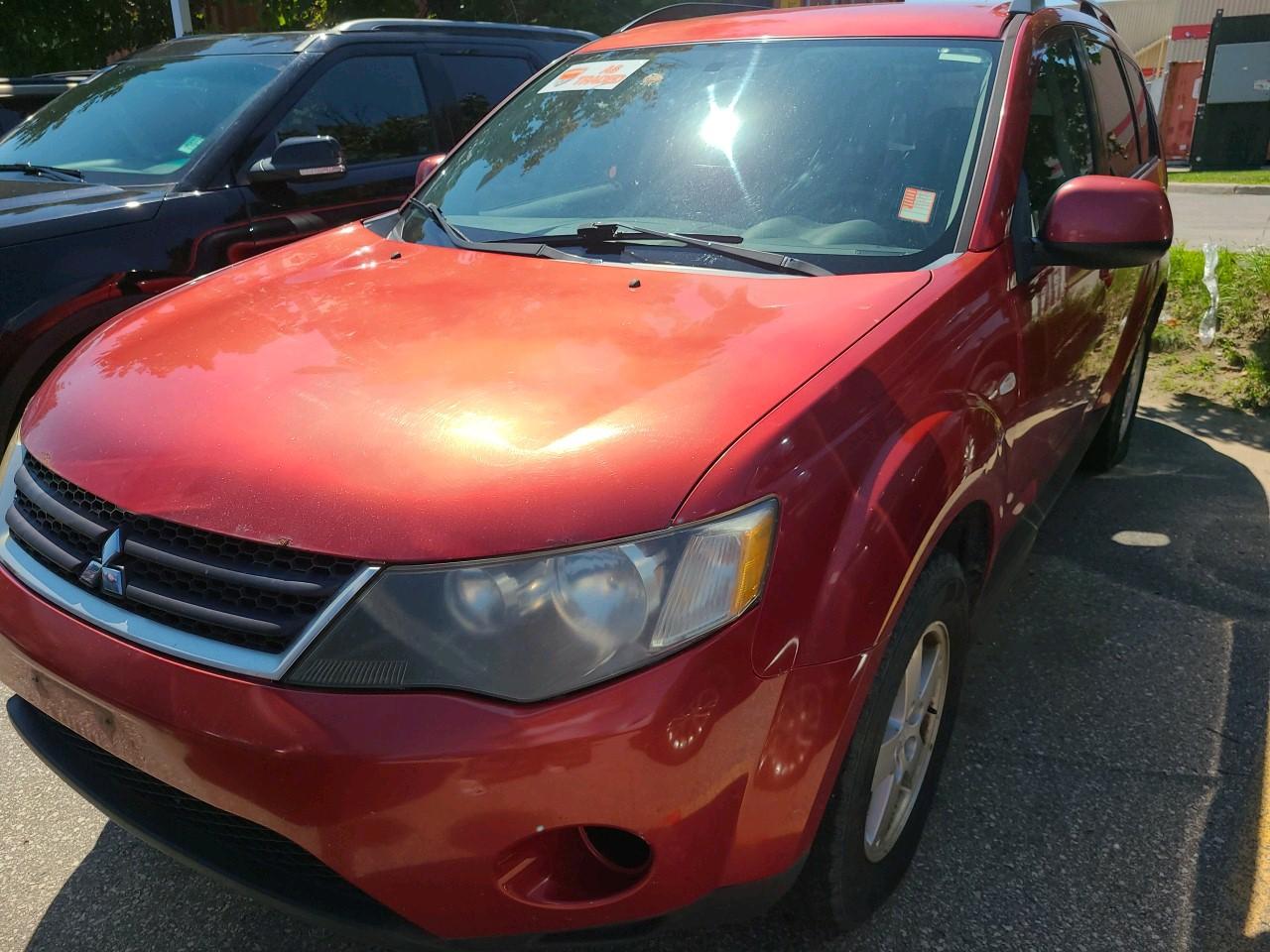 used 2009 Mitsubishi Outlander car, priced at $4,500