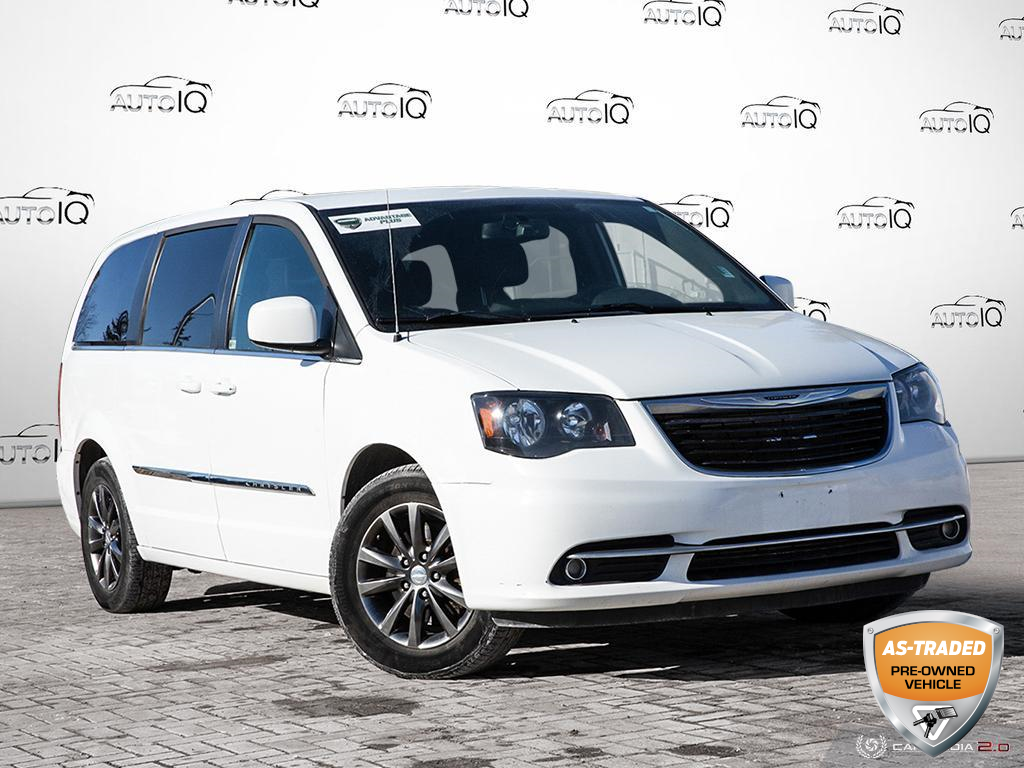 used 2015 Chrysler Town & Country car, priced at $8,600